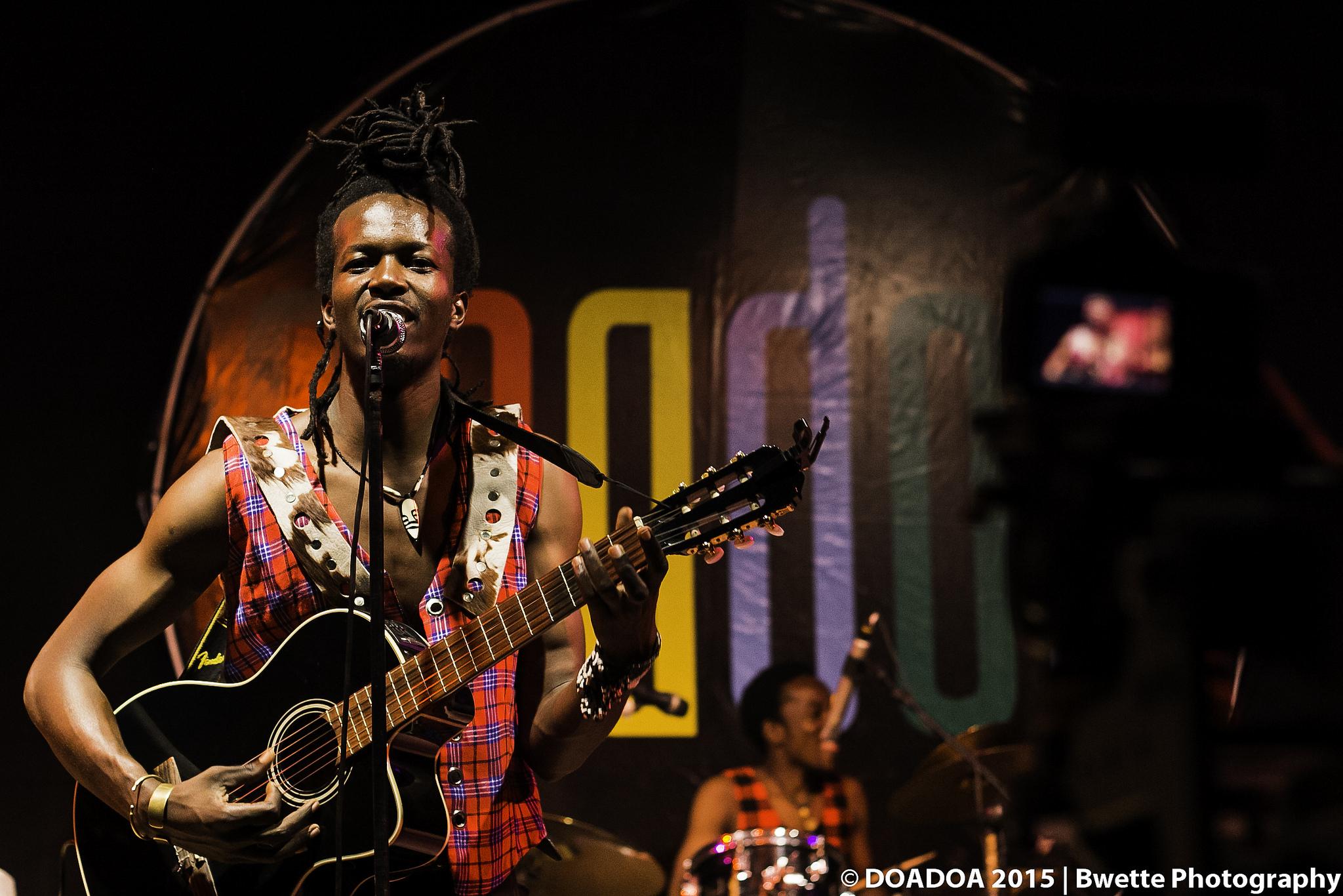 Isack Abeneko - Tausi